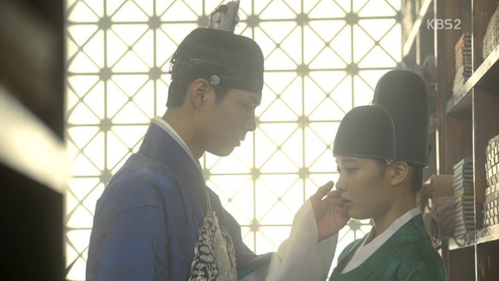 love in the moonlight drawn by clouds 09