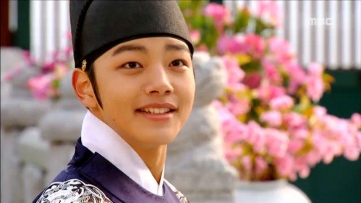 moon embracing the sun 01