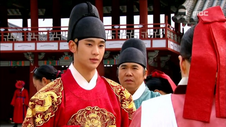 moon embracing the sun 06