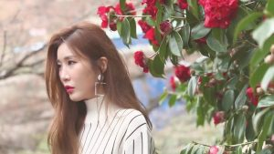 Lee Hae Ri - 'H' Album Review