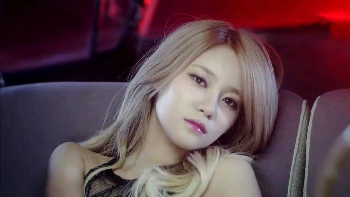 underrated kpop girl idols yuna aoa